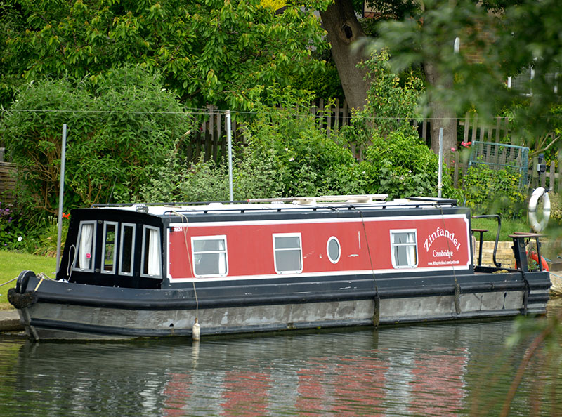 Zinfandel: 46' Sea Otter aluminium narrowboat moored in Cambridge